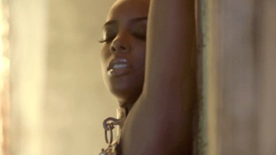 "KELLY ROWLAND ""Ice"" - Matthew Rolston"