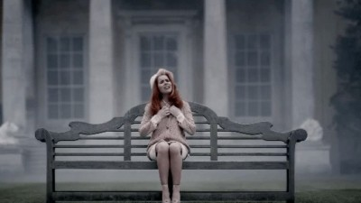 "PALOMA FAITH ""Picking Up The Pieces""- Emil Nava"